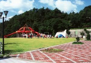 森と湖畔の公園